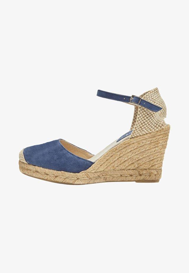 CARMEN - Sandalen met hoge hak - blue