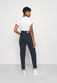 Tommy Jeans - MOM - Relaxed fit jeans - oslo blue - 2