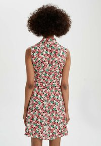 DeFacto - TROPICAL PRINTED - Robe chemise - red - 2