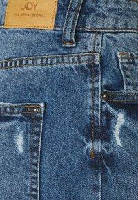 JDY - JDYSELMA LIFE GIRLFRIEND - Relaxed fit jeans - medium blue denim - 2