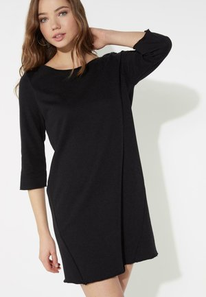 MIT U-BOOT-AUSSCHNITT - Jersey dress - nero
