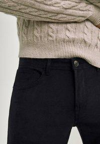 Massimo Dutti - Slim fit jeans - black denim - 3