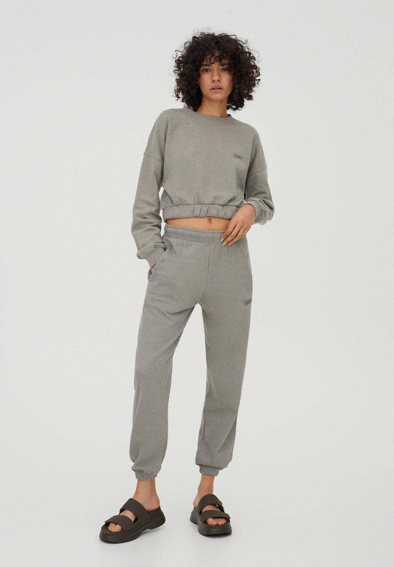 PULL&BEAR - Sweatshirt - grey