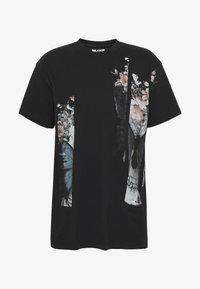 Religion - BUTTERFLY TEE - T-shirt imprimé - black/white - 3