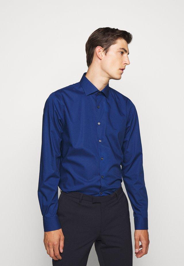 POPLIN SLIM - Shirt - royal blue