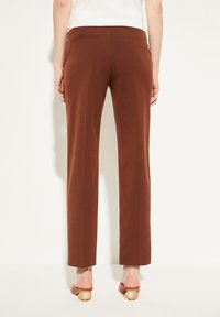 comma - REGULAR FIT - Trousers - dark red velvet - 2
