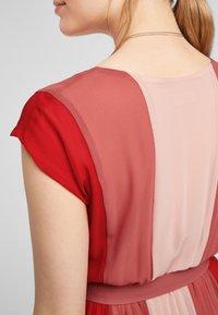 s.Oliver BLACK LABEL - Day dress - red colourblock - 5