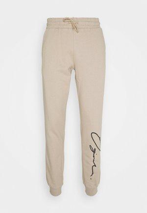 JORSCRIPTT PANTS  - Pantaloni sportivi - crockery