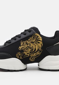 Ed Hardy - CAGED RUNNER TIGER - Trainers - black/gold - 5