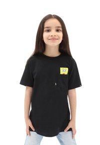 Vans - BY VANS X SPONGEBOB  SPOTLIGHT KIDS PCKT - Print T-shirt - spongebob spotlight - 0