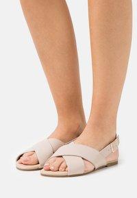 Head over Heels by Dune - LESSON - Sandały - ecru - 0