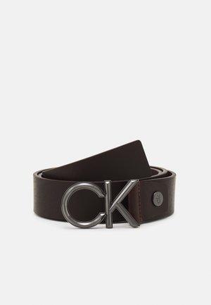 SPIKED - Belt - dark brown