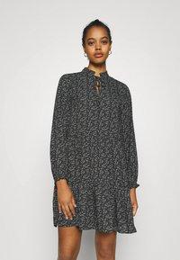 ONLY - ONLASSIA DRESS - Robe d'été - black - 0
