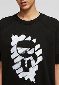 KARL LAGERFELD - T-Shirt print - black - 4