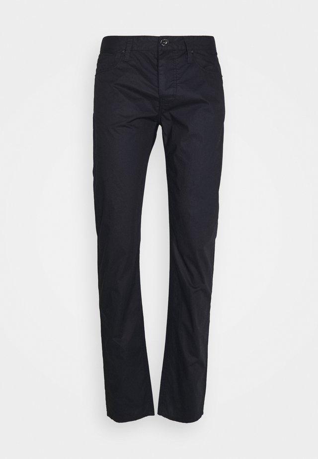 POCKETS PANT - Kalhoty - dark blue