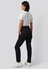NA-KD - Straight leg jeans - dark blue - 2
