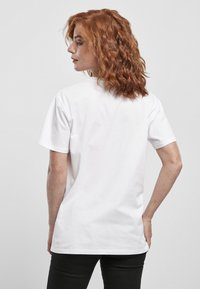 Merchcode - MINNIE LOVES MICKEY  - T-shirt print - white - 1
