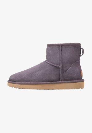 CLASSIC MINI II - Ankle boots - nightfall