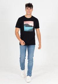 Hurley - EVD WSH BALI  - Print T-shirt - black - 1