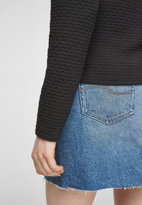 QS by s.Oliver - Cardigan - black - 5