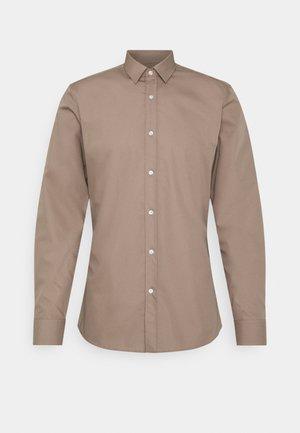 ELISHA - Formální košile - light-pastel brown