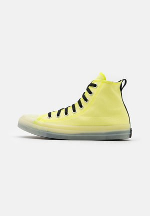 CHUCK TAYLOR ALL STAR UNISEX - Höga sneakers - lemon/black/white