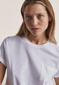 Massimo Dutti - T-shirt basique - white - 1