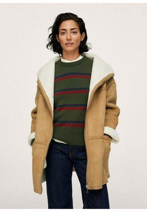 UMĚLÉ - Winter coat - béžová