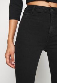 New Look - CLEAN DISCO KIND - Jeansy Skinny Fit - black - 4