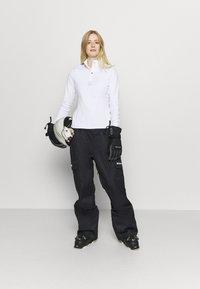 DC Shoes - IDENTITY PANT - Pantaloni da neve - black - 1