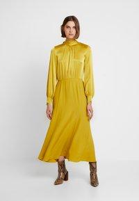 Ghost - RENAE DRESS - Vestito estivo - yellow - 0