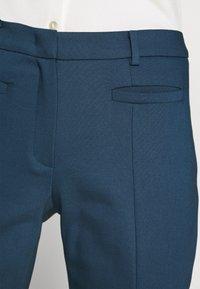More & More - ORGANIC SLIM PANTS - Bukse - light marine - 3