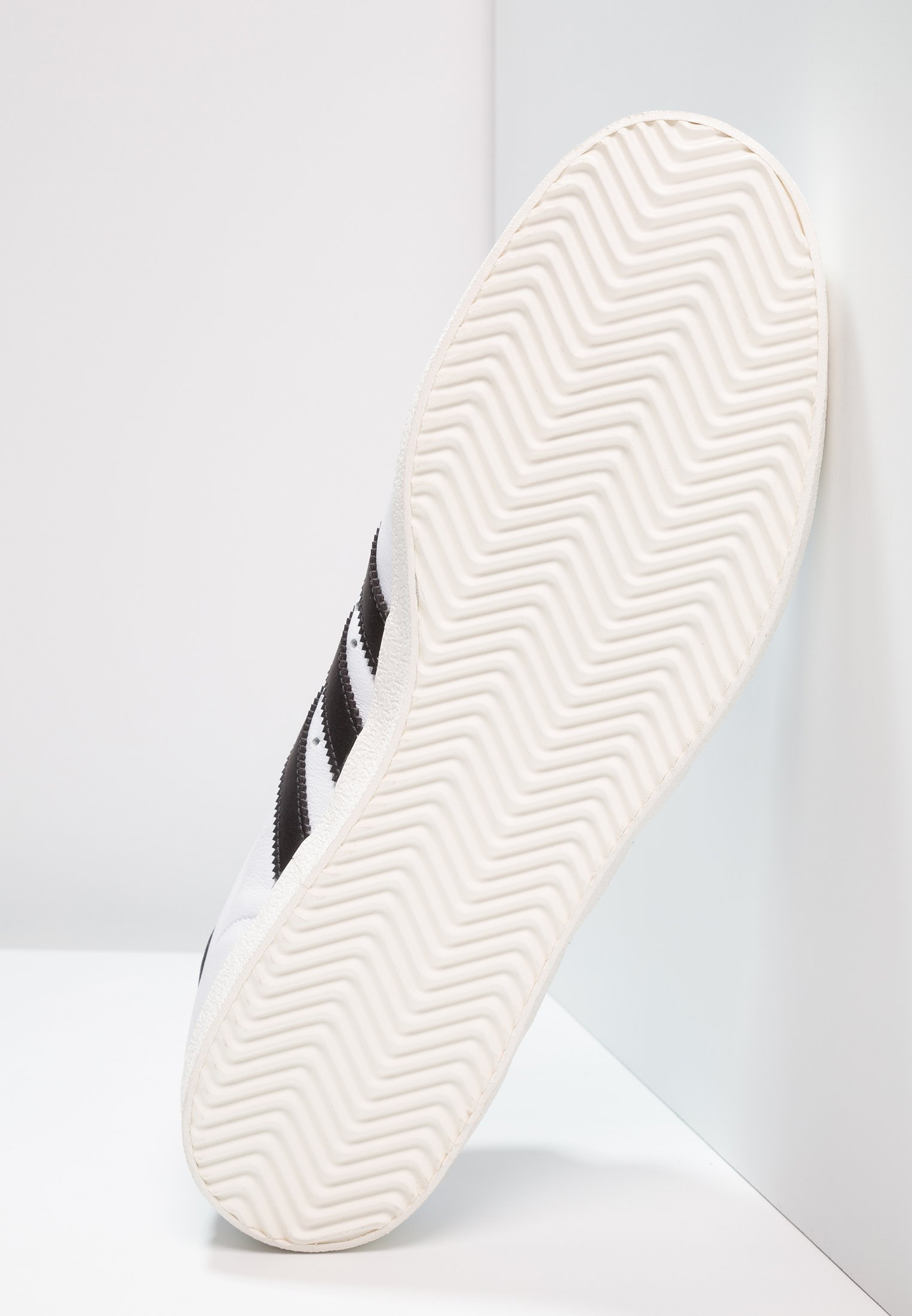 Geringster Preis adidas Originals 350 - Sneaker low - footwear white/core black/offwhite | Damenbekleidung 2020