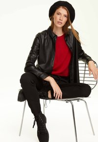 comma casual identity - Jumper - scarlet red - 3