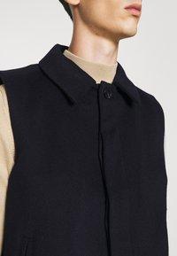 Bruuns Bazaar - HEJA MARTIN WOOL VEST - Bodywarmer - navy blazer - 5