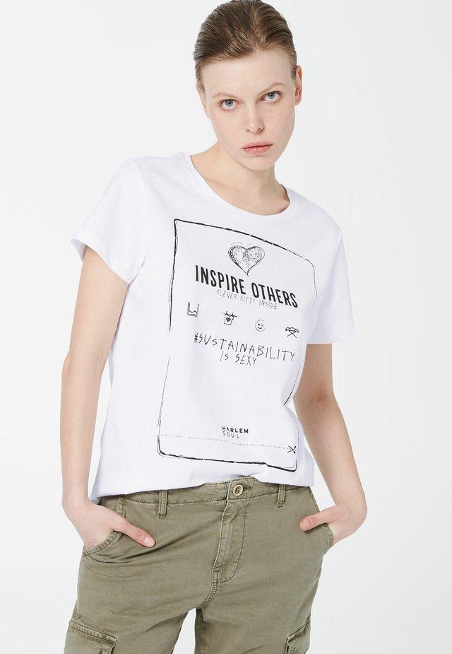 NI-CE  MIT ARTWORK - Print T-shirt - white