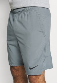 Nike Performance - FLEX - Sports shorts - smoke grey/black - 4
