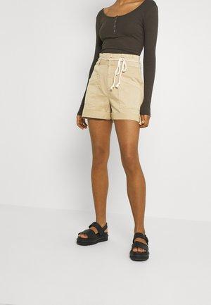 VMFLAME BELT  - Shorts - light brown