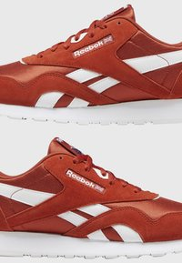 Reebok Classic - CLASSIC NYLON SHOES - Trainers - mason red - 1