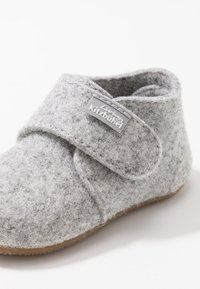 Living Kitzbühel - BABYKLETT UNIFARBEN - Slippers - nebel - 2