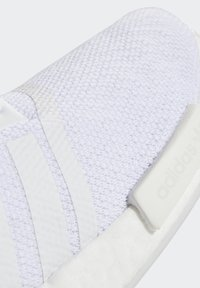 adidas Originals - NMD_R1  - Sneakers basse - white - 8