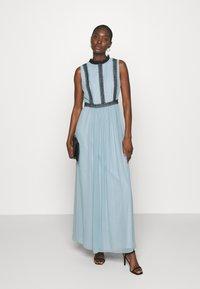 Swing - ABENDKLEID  - Společenské šaty - blue dust - 1