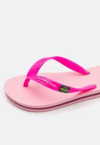 Ipanema - CLAS BRASIL II KIDS - Pool shoes - pink - 5