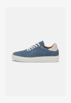 AREN - Sneakers laag - blue