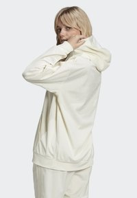 adidas Originals - SPORTS INSPIRED HOODED SWEAT - Felpa con cappuccio - owhite - 1