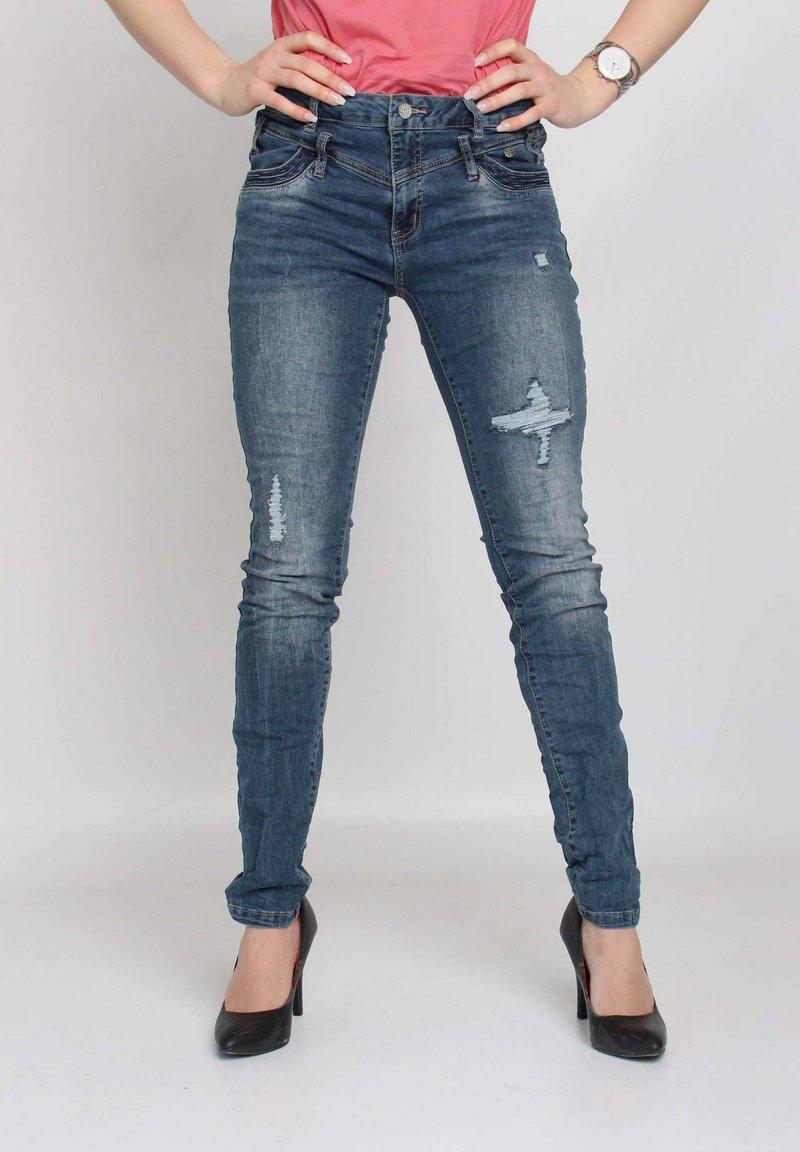 Buena Vista - Slim fit jeans - blue destroyed denim