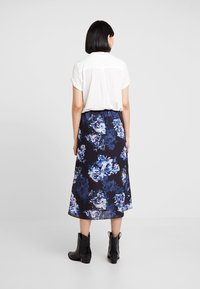 French Connection - CATERINA MIDI WRAP - Wrap skirt - utility blue multi - 2