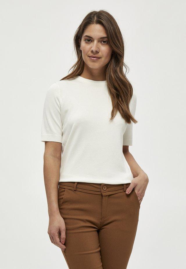 PAMELA TEE - T-shirt - bas - broken white