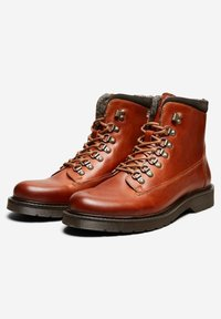 Selected Homme - Lace-up ankle boots - cognac - 3