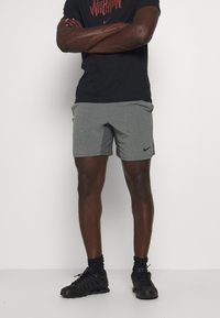 Nike Performance - SHORT YOGA - Pantalón corto de deporte - iron grey/grey fog/black - 0